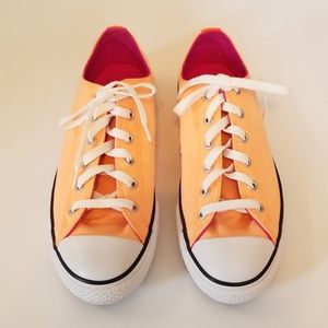 low top double tounge Converse